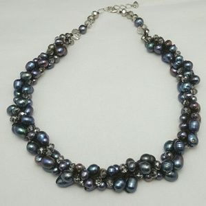 Vintage Baroque Fresh Water Pearl Crystal Necklace